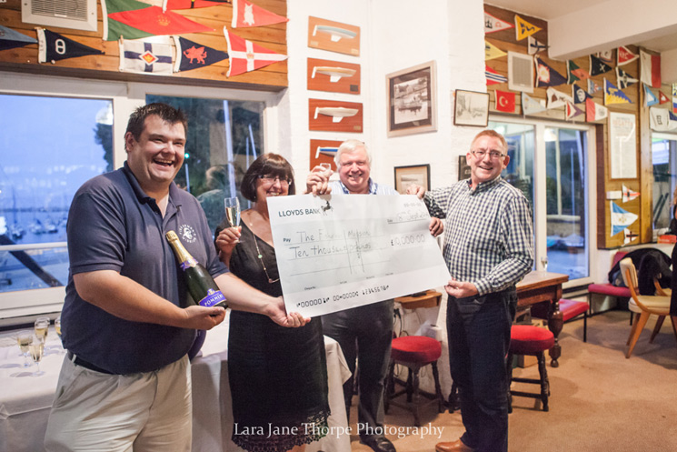 £10,000 donation to the Fishermen's Mission